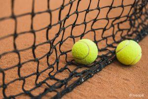 Mini tennis sous la Halle @ Sous la Halle de Grenade